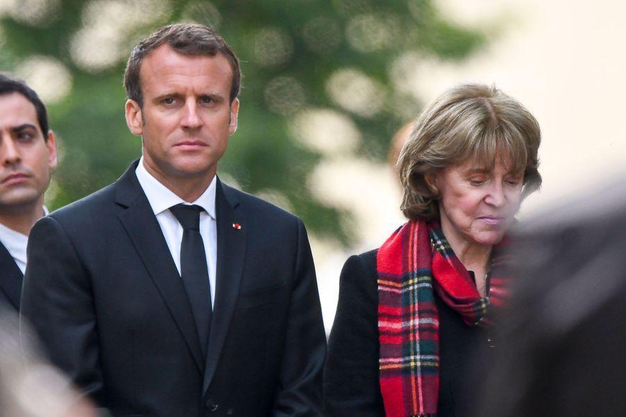 Dominique Boulard, l'épouse de Jean-Claude Boulard, avec le président de la République, lundi.