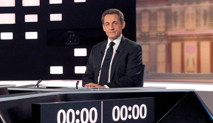 A droite, Nicolas Sarkozy