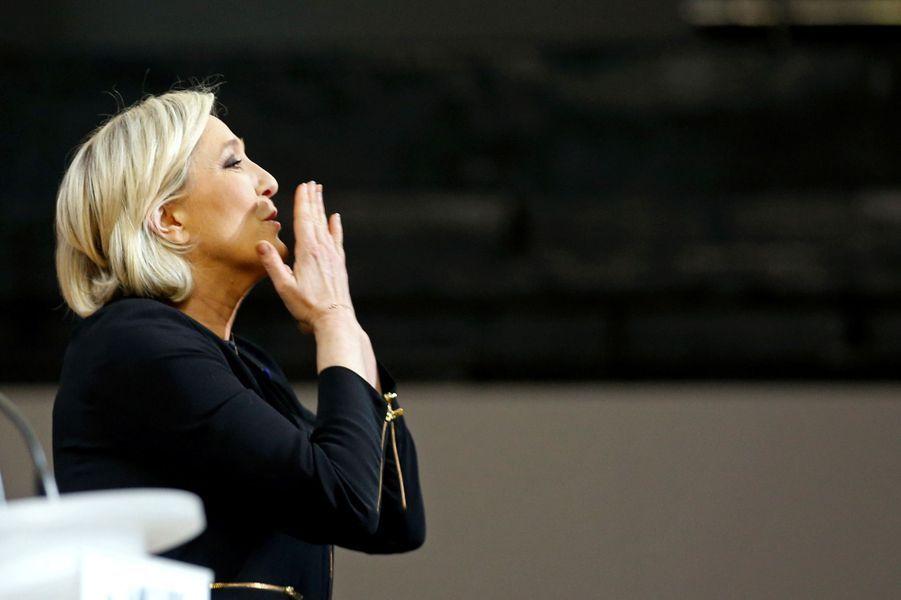 Marine Le Pen en meeting à Perpignan, samedi.