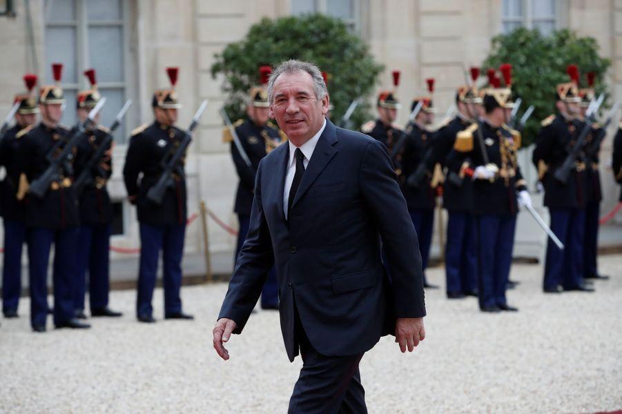 François Bayrou, nommé garde des Sceaux, avec le rang de ministre d'Etat.