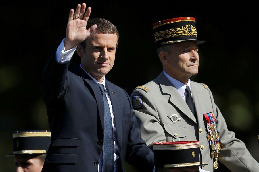 Emmanuel Macron sur les Champs Elysées pour le 14 Juillet