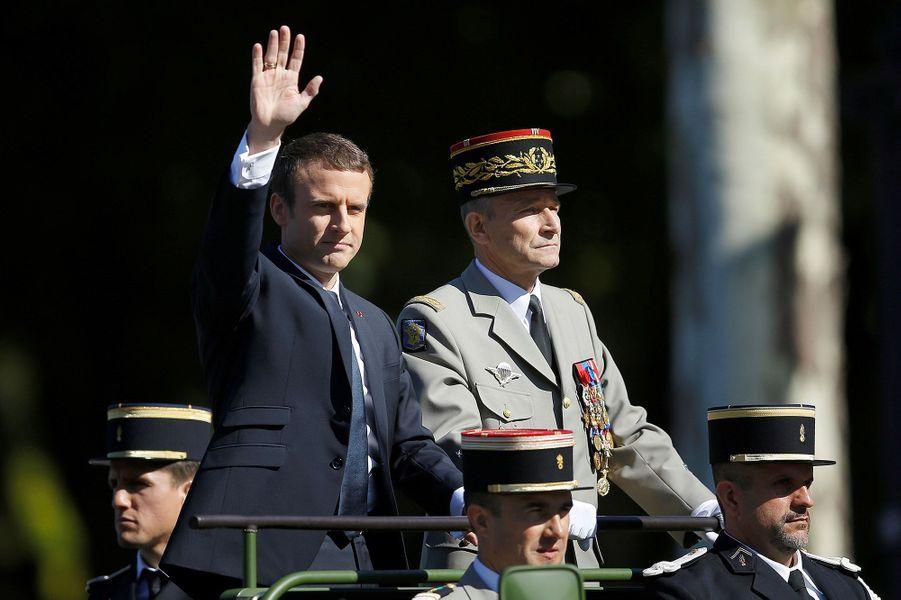Emmanuel Macron sur les Champs-Elyséespour le 14 Juillet