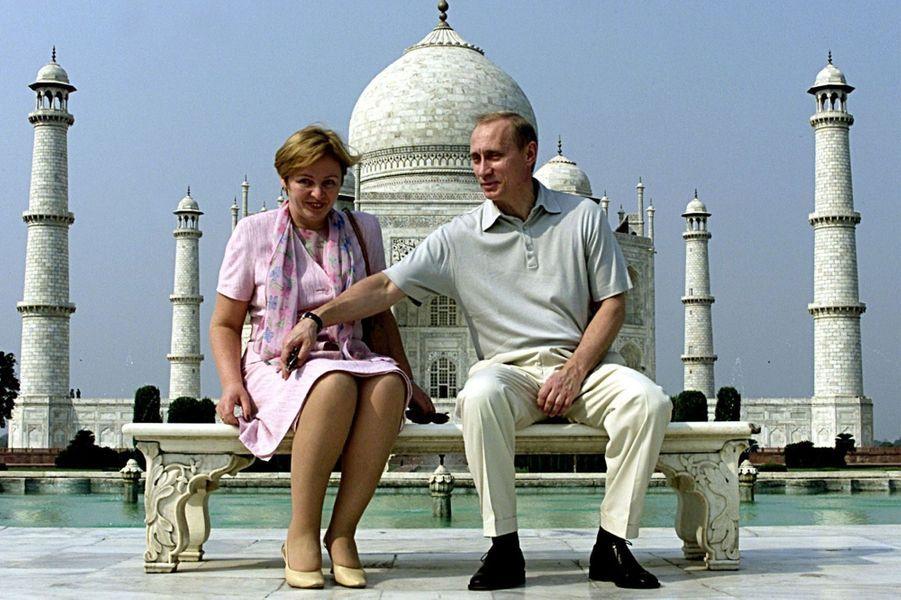 Vladimir Poutine et son ex-épouse Lyudmila en octobre 2000.