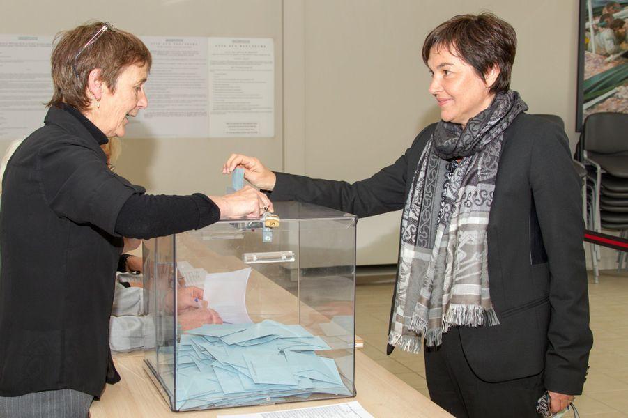 Annick Girardin, ministre des Outre-mer, a obtenu 41,6% des voix à Saint-Pierre-et-Miquelon, ex-aequo avec Stéphane Lenormand (Archipel Demain).