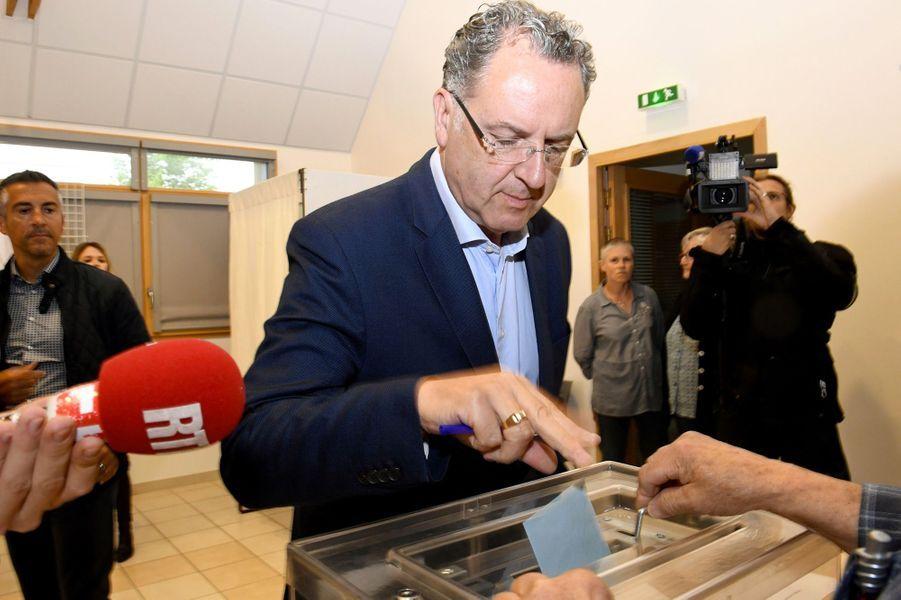 Richard Ferrand, ministre de la Cohésion des Territoires, est arrivé en tête avec 34% des voix dans la 6e circonscription du Finistère.
