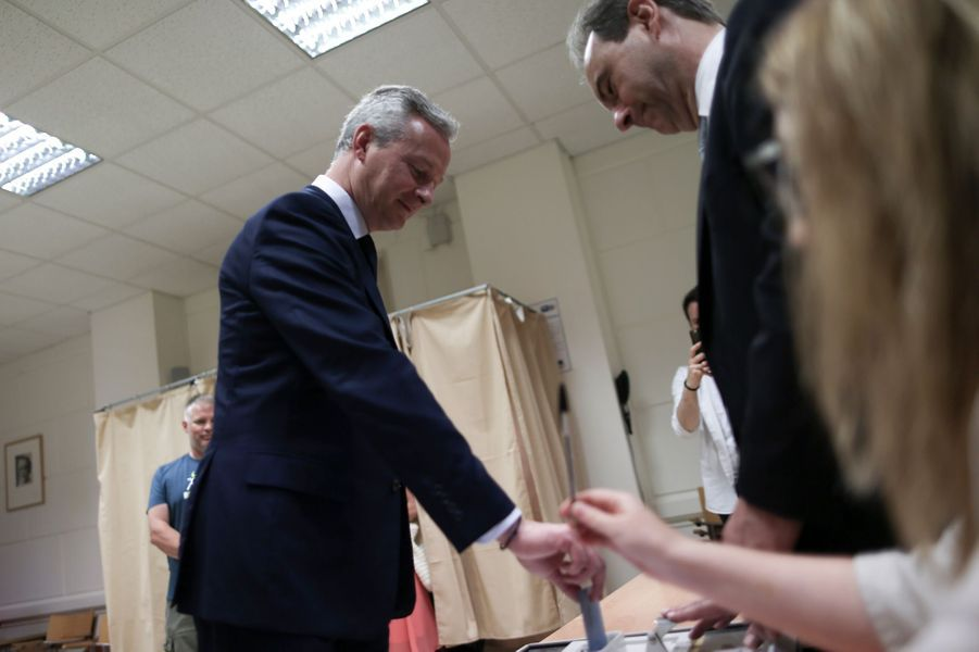 Le ministre de l'Economie Bruno Le Maire a voté à Evreux.