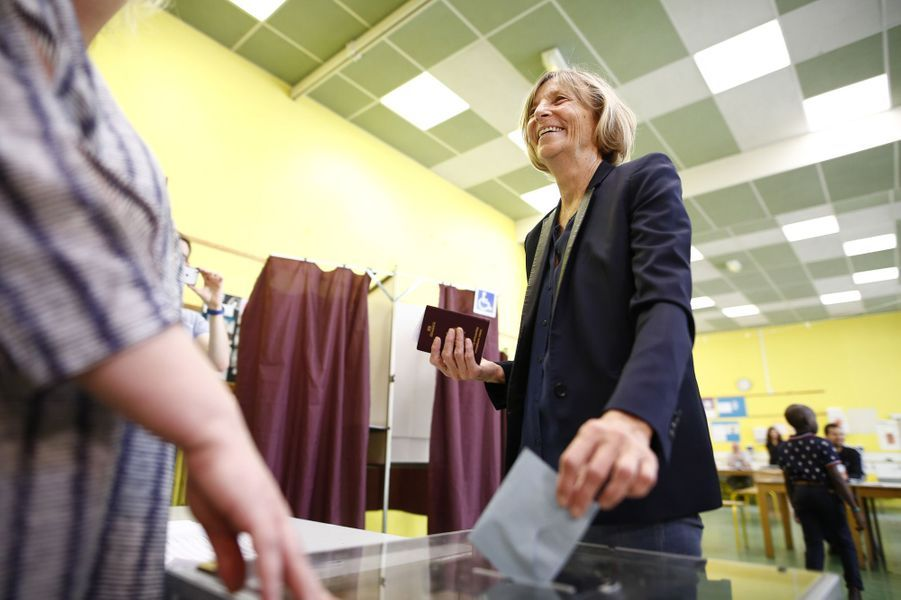 La ministre Marielle de Sarnez, candidate dans la 11e circonscription de Paris, a voté à Paris.