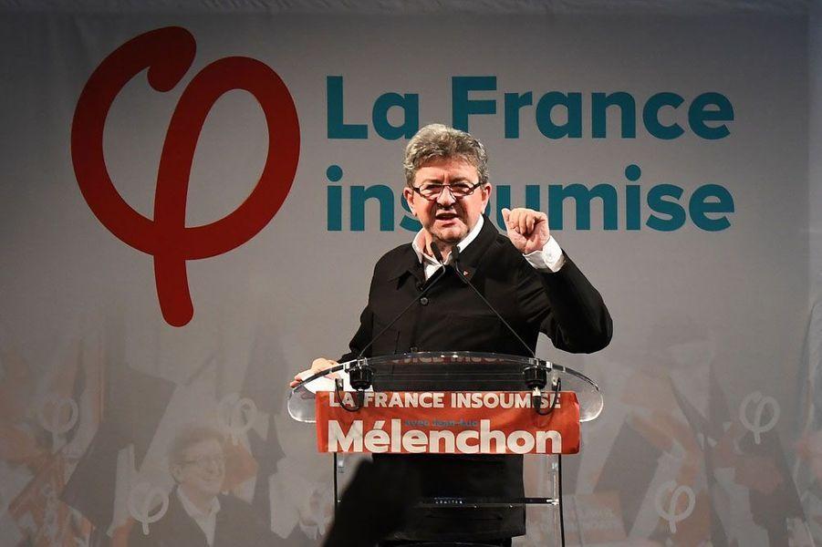 Jean-Luc Mélenchon, leader de La France insoumise, a annoncé dimanche son élection comme député des Bouches-du-Rhône.