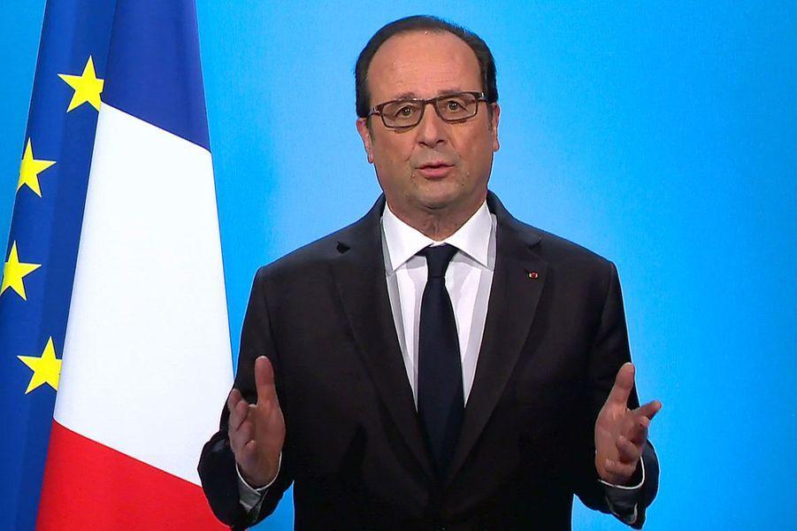 10. Le renoncement1er décembre, 20 heures, François Hollande annonce à l'Elysée qu'il renonce à briguer un second mandat.