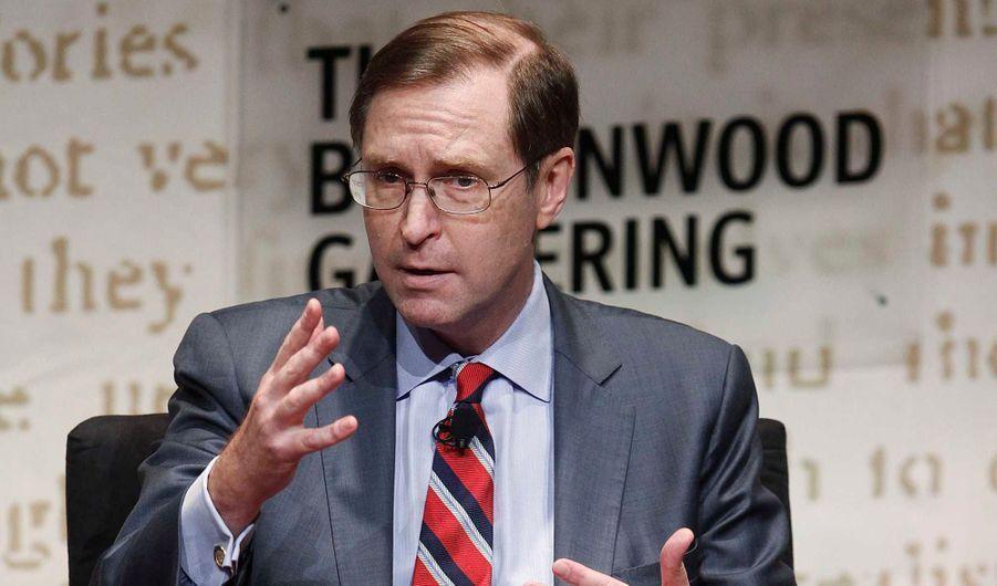 Glenn Hubbard, ex-président du Council of Economic Advisers de George W. Bush, est le conseiller de Mitt Romney pour les questions économiques. Ses compétences sont telles qu'il serait pressenti pour succéder à Ben Bernanke à la tête de la Fed en cas d'élection du Républicain à la Maison blanche.