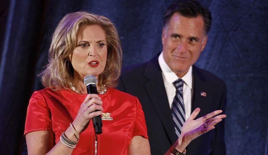 Ann Romney est la personne avec qui le candidat républicain partage sa vie depuis 1969, soit 43 ans. Elle n'hésite pas à prendre le micro lors des meetings. Elle a d'ailleurs prononcé un vibrant discours à la Convention républicaine de Tampa, en Floride, le 28 août dernier, dans laquelle elle a appelé les femmes du pays à voter pour son mari.