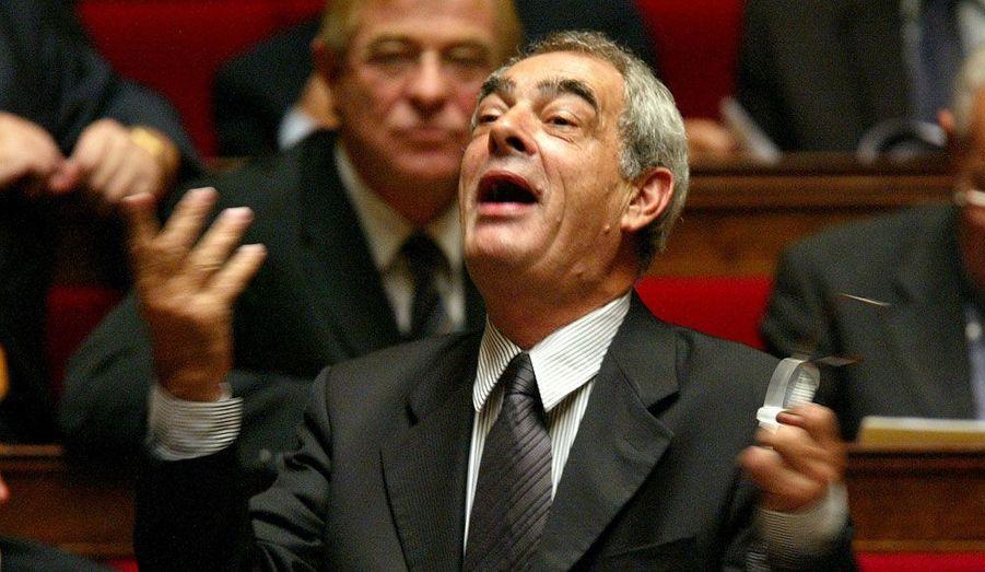 En 1992, il succède à Laurent Fabius. Mais la très lourde défaite aux législatives de 1993 propulse la droite au pouvoir.
