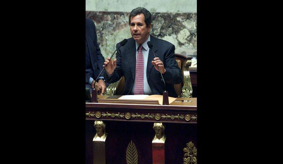 Proche de Jacques Chirac, Jean-Louis Debré restera au perchoir pendant la quasi-totalité du deuxième mandat du Président, de 2002 à 2007.