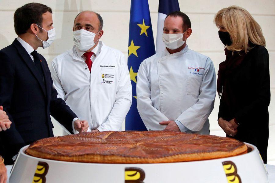 Emmanuel et Brigitte Macron mercredi lors de la galette de l'Elysée.