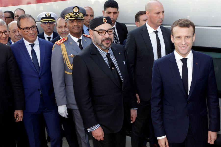 Emmanuel Macroninaugure avec le roiMohammed VI la ligne à grande vitesse Tanger- Casablanca.