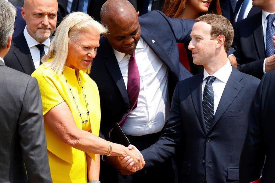 La PDG d'IBMVirginia Rometty etMark Zuckerberg à l'Elysée, le 23 mai 2018.