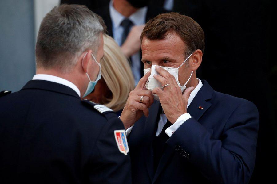 Emmanuel Macron lundi à l'Hotel de Brienne.