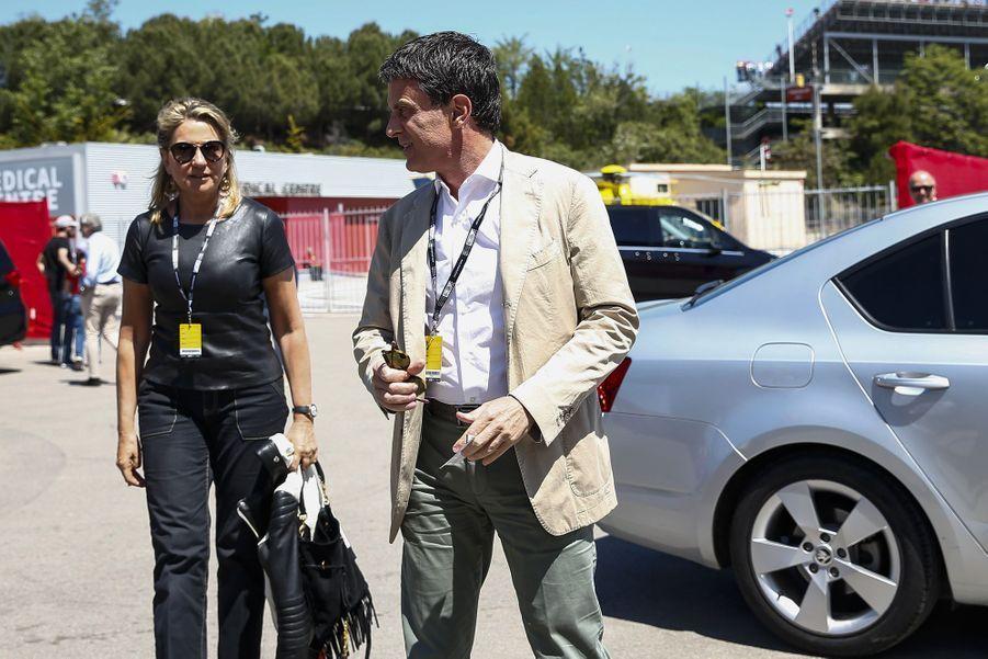 Manuel Valls et Susana Gallardo au Grand Prix d'Espagne sur le circuit de Barcelone-Catalogne à Barcelone, le 12 mai 2019