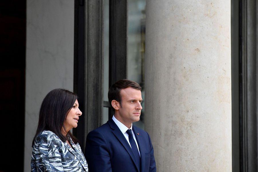 Emmanuel Macron et Anne Hidalgo à l'Elysée, le 2 juin 2017.