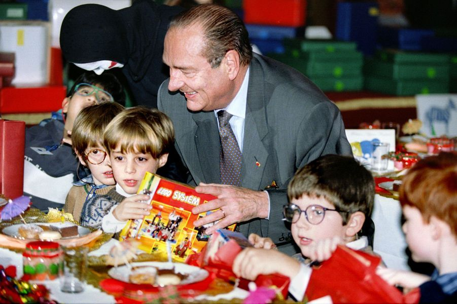 Jacques Chirac lors de l'arbre deNoël de l'Elysée 1995.
