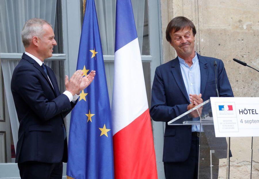 Nicolas Hulot a donné un discours émouvant, lors de la passation de pouvoirs au nouveau ministre de la Transition écologique et solidaire François de Rugy. Il a même versé quelques larmes.
