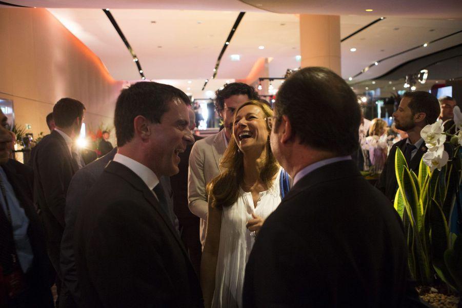 Manuel Valls, son épouse Anne Gravoin et François Hollande