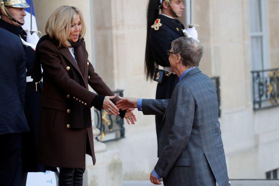 Brigitte Macron accueille Bill Gates à l'Elysée.