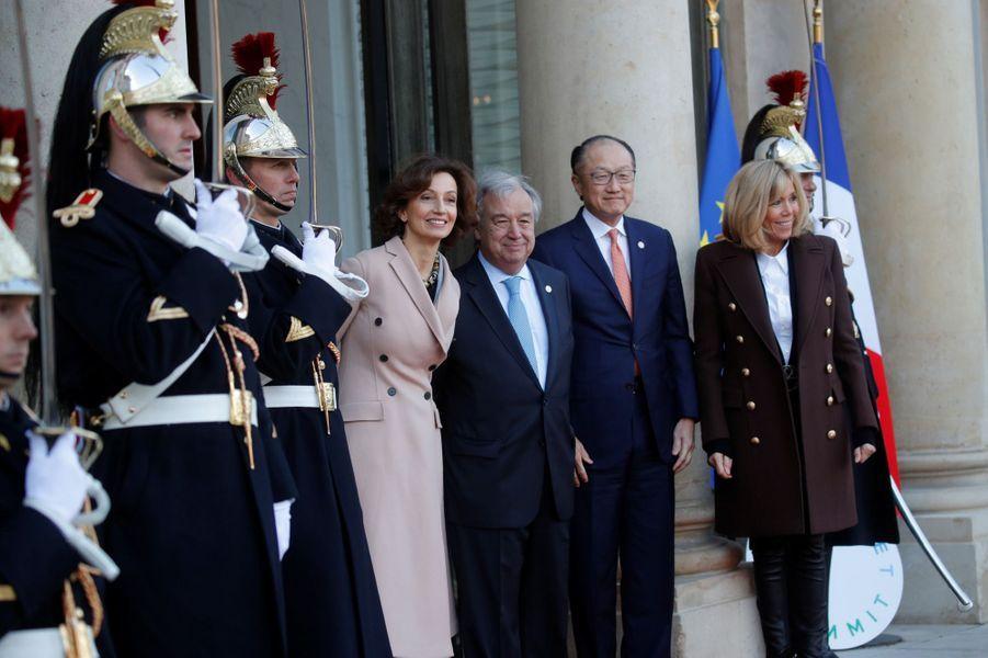 Audrey Azoulay accueillie à l'Elysée parAntonio Guterres,Jim Yong Kim et Brigitte Macron.