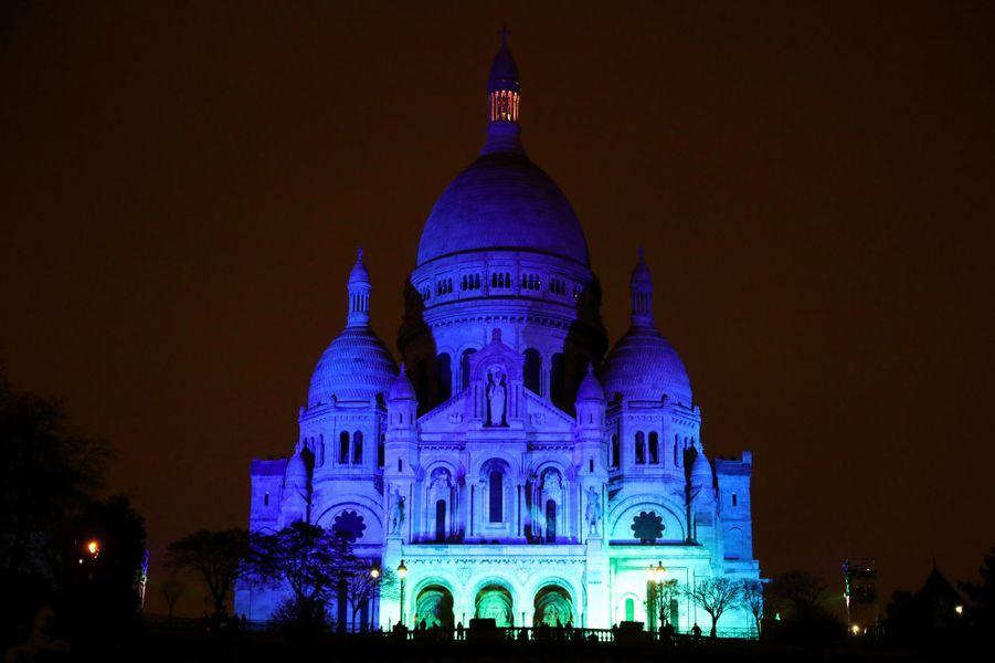 Le Sacré coeur aux couleurs du One Planet Summit.