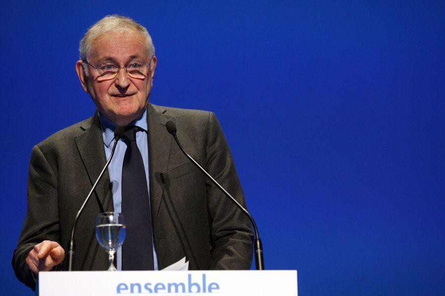 Infatigable, Jacques Cheminade s'est déjà présenté six fois à l'élection présidentielle depuis 1981. 2017 sera sa troisième candidature officielle, grâce aux 528signatures qu'il est finalement parvenu à réunir. En 1995 et en 2012, il avait obtenu respectivement 0,28% et 0,25% des voix.