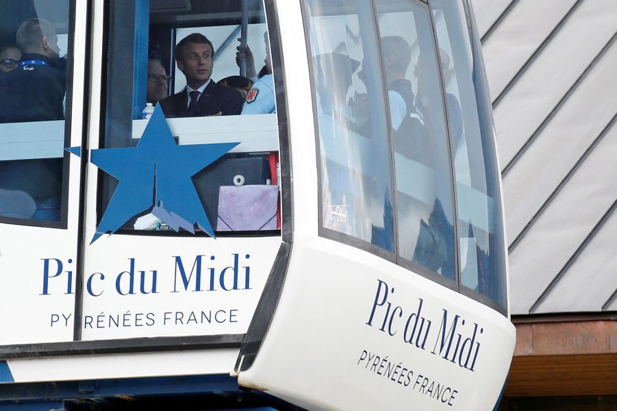 Emmanuel Macron jeudi au Pic du Midi.