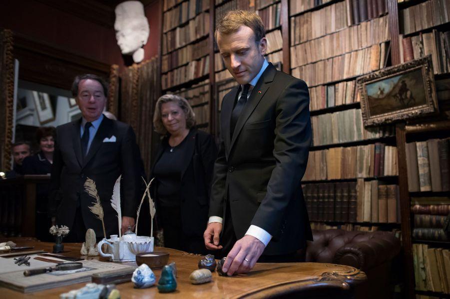 Le président Emmanuel Macron dans le bureau de George Clemenceau, le 11 novembre 2017