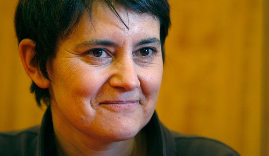 La candidate de Lutte ouvrière, qui fut porte-parolle d'Arlette Laguiller en 2007, pense obtenir les signatures nécessaires pour pouvoir se présenter en 2012.