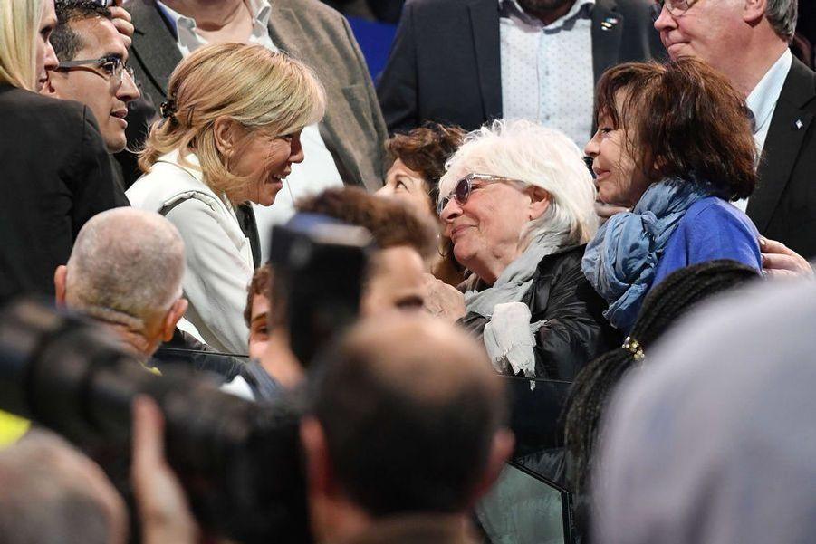 Brigitte Macron etCatherine Lara, au meting de Bercy.