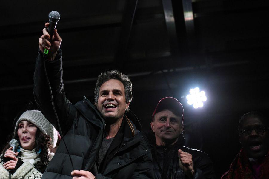 Mark Ruffalo fait partie desintellectuels et artistes américains qui ontlancé une pétition pour appeler les électeurs français à s'unir «derrière le candidat de gauche le mieux placé dans les sondages», soit Jean-Luc Mélenchon.