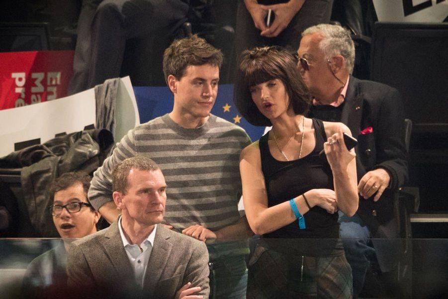 Pauline Delpech au meeting d'Emmanuel Macron à Bercy.