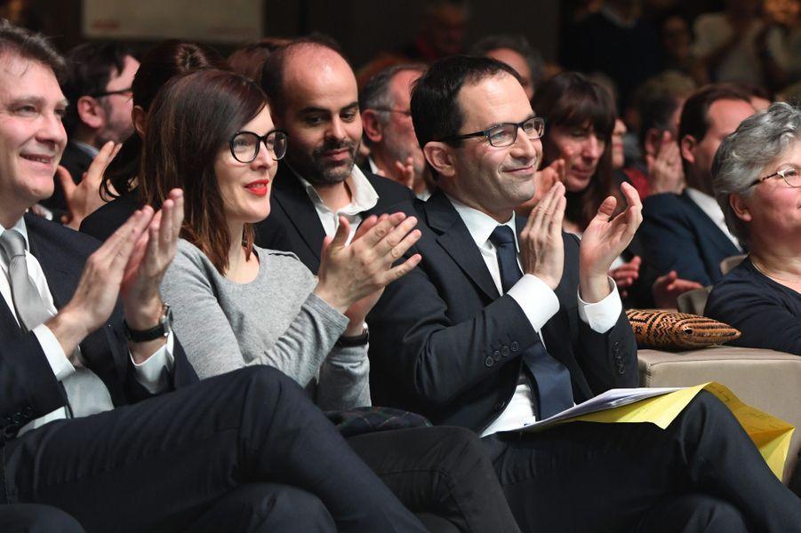 Valérie Donzelli, au meeting de Benoît Hamonà la Mutualité en février.