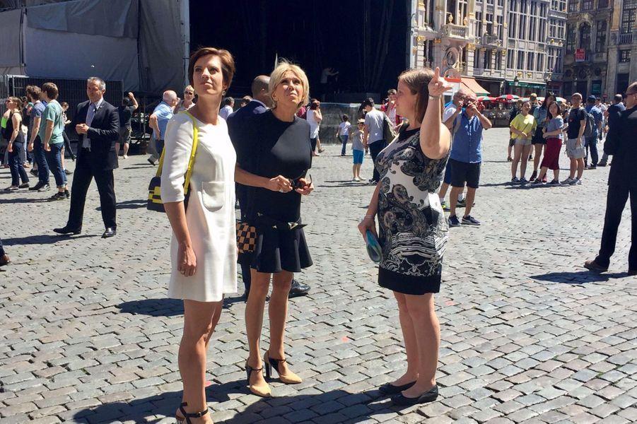 Brigitte Macron en visite à Bruxelles avec Amélie Derbaudrenghien,la compagne du Premier ministre belge Charles Michel.