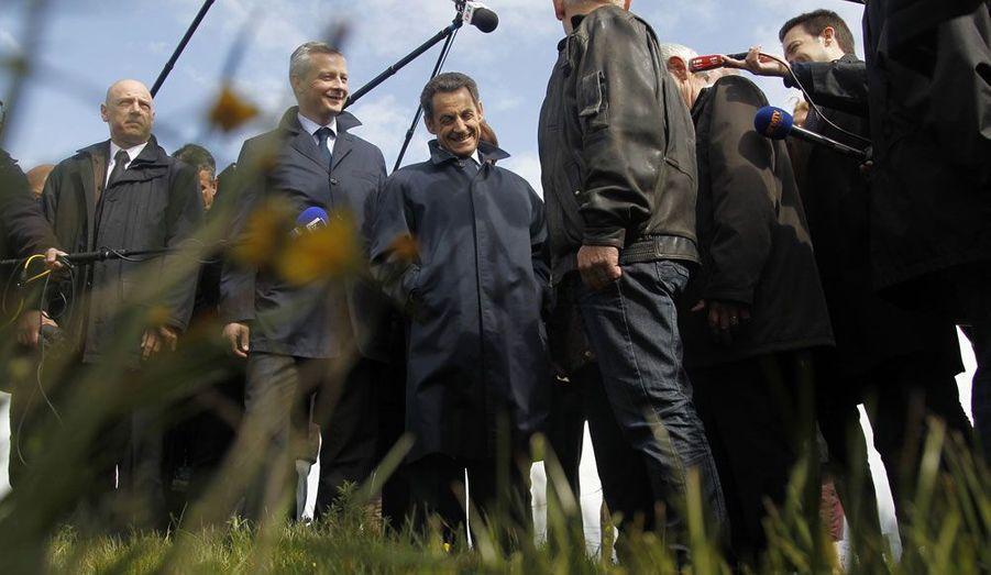 Ici photographié durant la campagne présidentielle avec Nicolas Sarkozy, le ministre de l'Agriculture va lui aussi tenter d'être réélu député à Evreux, dans l'Eure.