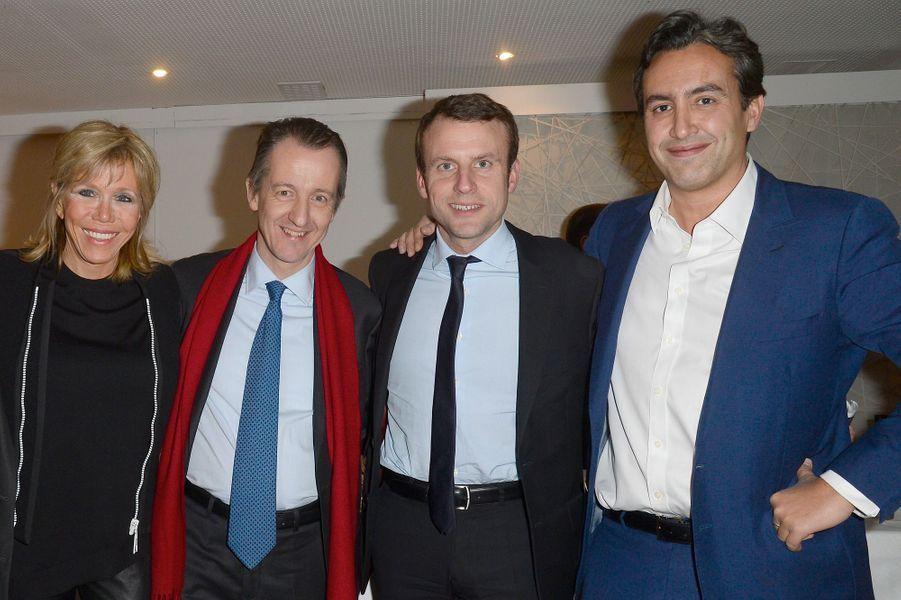 Bernard Mourad,patron d'Altice Media Group et directeur général de SFR PresseCet ancien banquier -ici aux côtés du couple Macron et de Christophe Barbier- est devenu conseiller de l'ex-ministre de l'Economie, comme le rapporte «Le Monde».