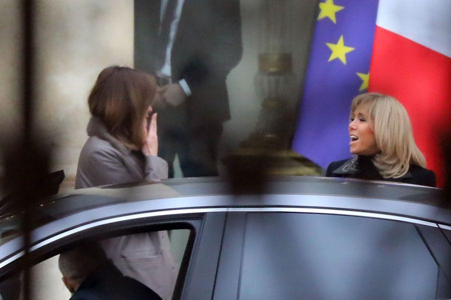 Carla Bruni et Brigitte Macron jeudi au palais présidentiel.