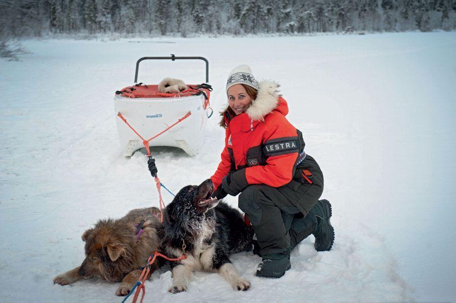 Ségolène Royal au beau milieu d'un lac gelé à Ivalo, en Finlande, le 16 novembre.