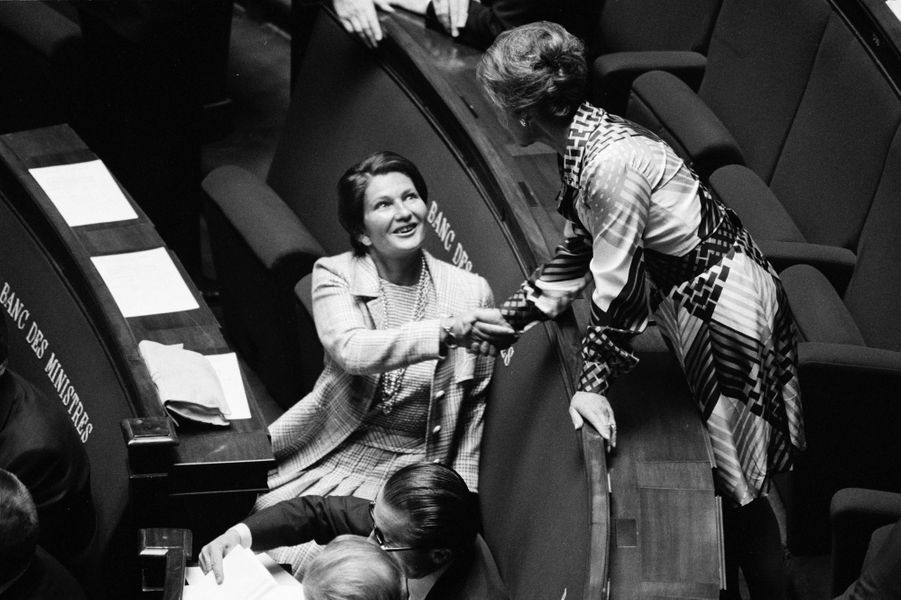 Simone Veil à l'Assemblée nationale à l'occasion du discours de politique générale de Jacques Chirac, Premier ministre, le 5 juin 1974