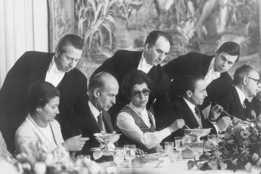 Réunion du second séminaire gouvernemental du septennat de Valéry Giscard d'Estaingà Rambouillet le16 avril 1977.