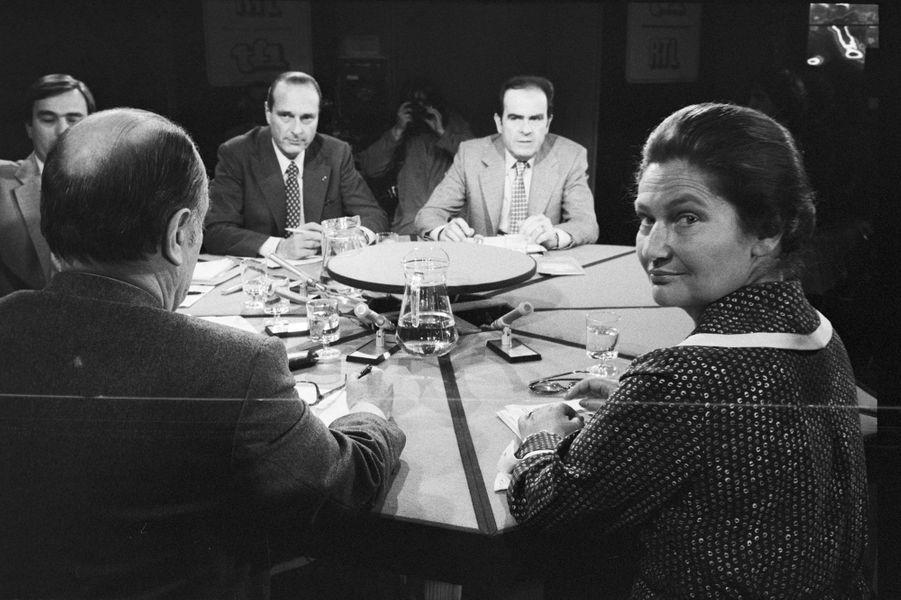 Paris 18 mai 1979, Simone Veil participe à un débat sur RTL en présence de François Mitterrand, Jacques Chirac et George Marchais.