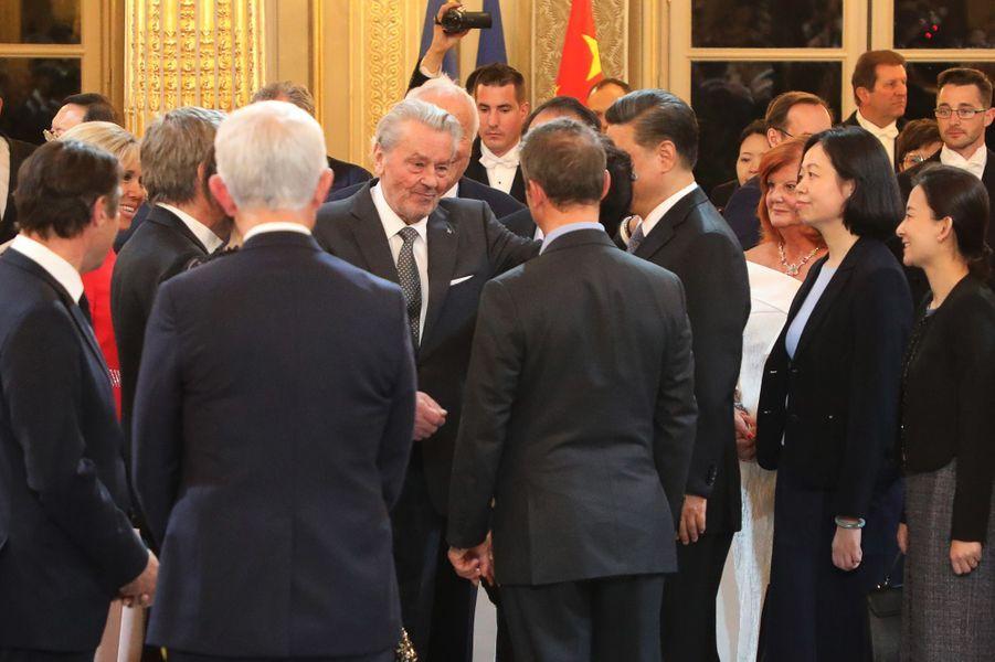 Alain Delon à l'Elysée pour le dîner d'Etat en l'honneur du président chinois.