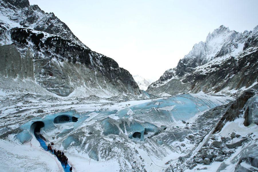 La Mer de Glace est privée de neige cette année.