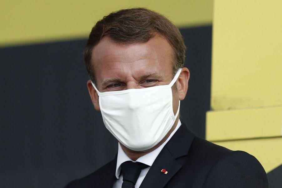 Emmanuel Macron mercredi sur le Tour de France.