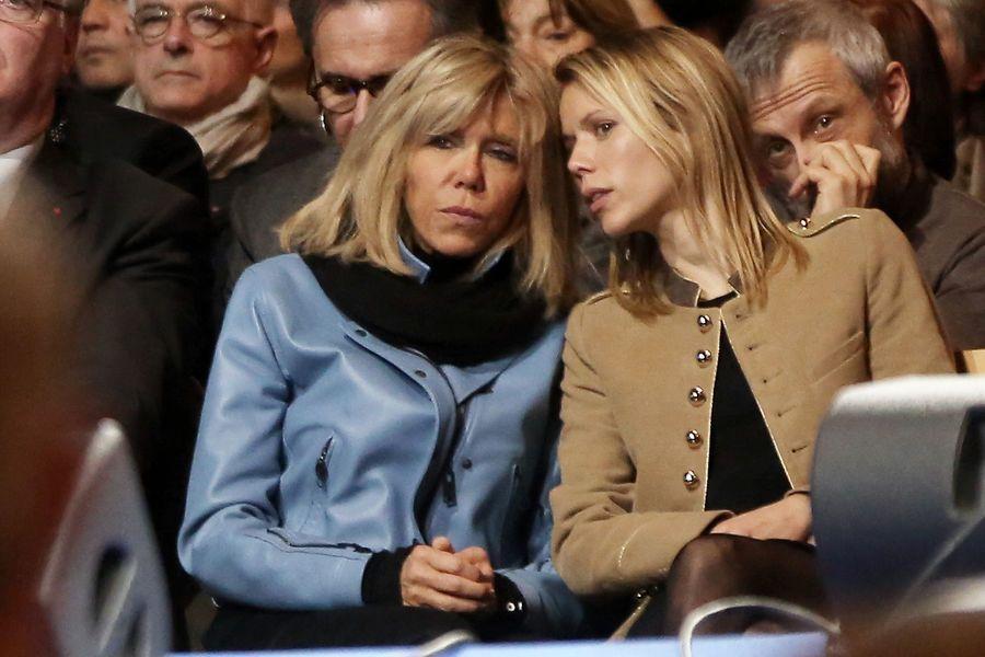 Brigitte Macron et sa fille Tiphaine Auzière au meeting de Lille, le 14 janvier.