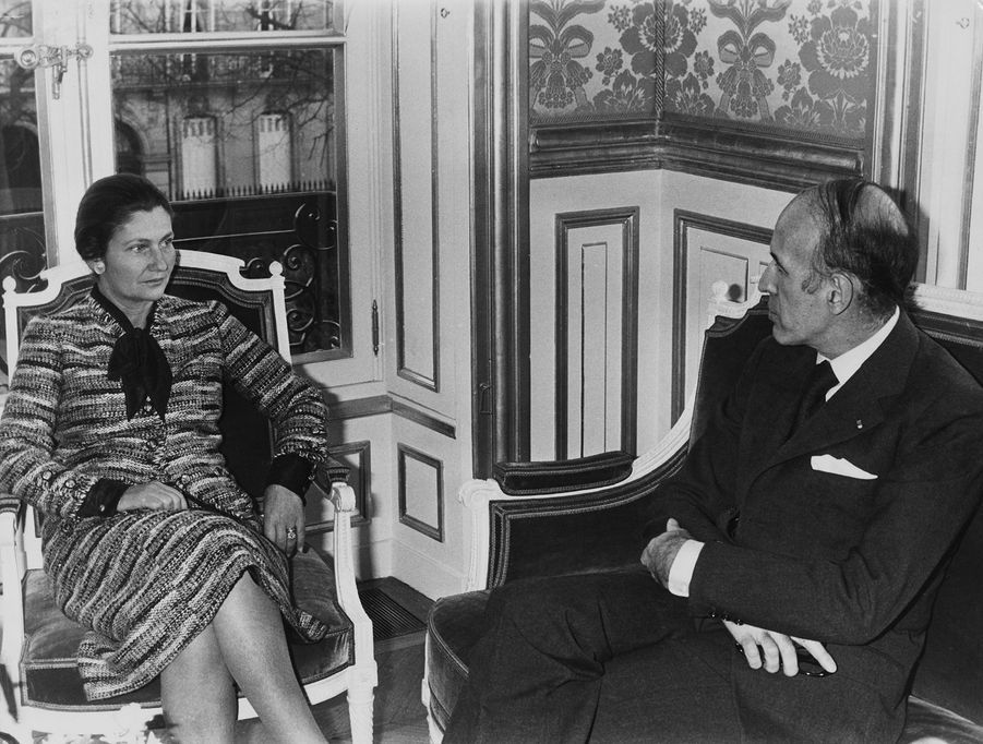 Simone Veil et VGE le 2 décembre 1974.La loi sur l'avortement vient d'être adoptée.